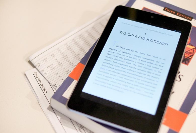 Dispositivo portátil con un ebook