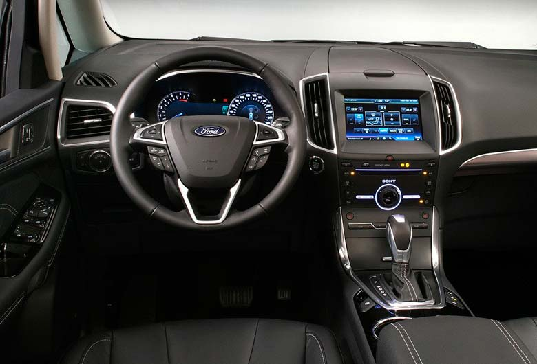 Interior del monovolumen ford galaxy 2015